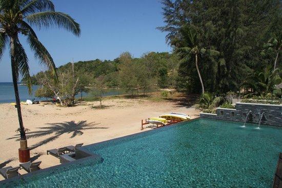 Anantara Layan PhuketResort : Layan beach