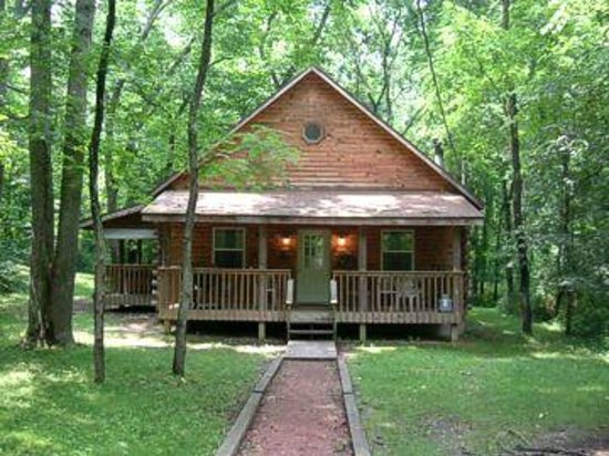 Blue Rose Cabins: Oleander Cabin - Sleeps 10