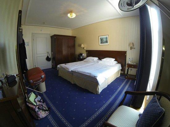 Hotel Ambassador: номер