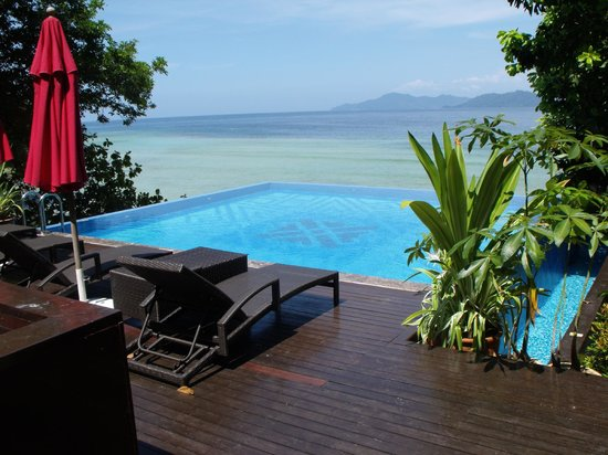Bunga Raya Island Resort & Spa : Royal Villa private pool (if you can afford)