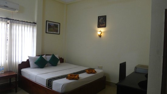 Victory Guest House: single room