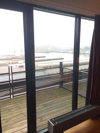 Quality Hotel 11 & Eriksbergshallen: Utsikt från rummet!