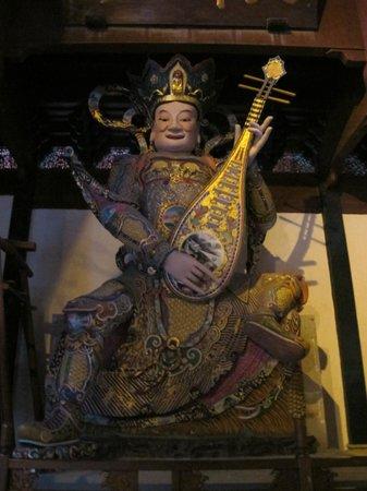 Lingyin Temple : Скульптуры