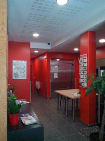 ResidHotel Saint Etienne Centre : Entrance