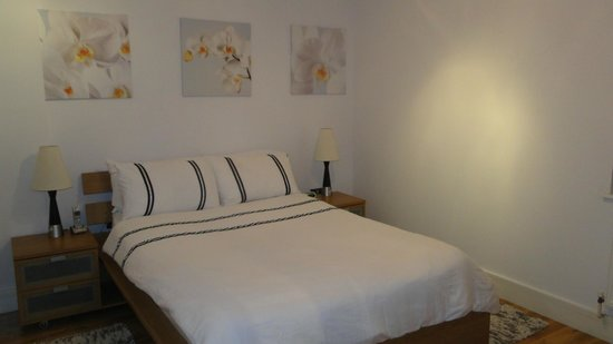Croydon Serviced Apartments TG10