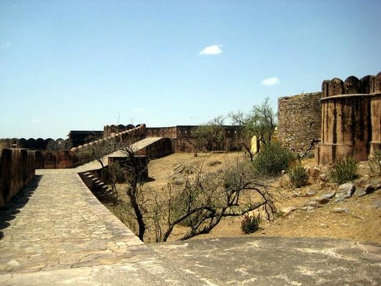 Jaigarh Fort : inside fort