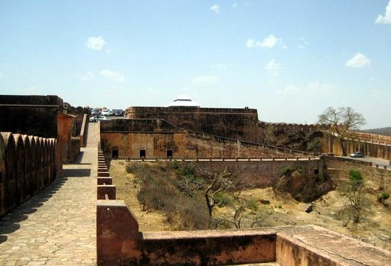 Jaigarh Fort : view of jaivan