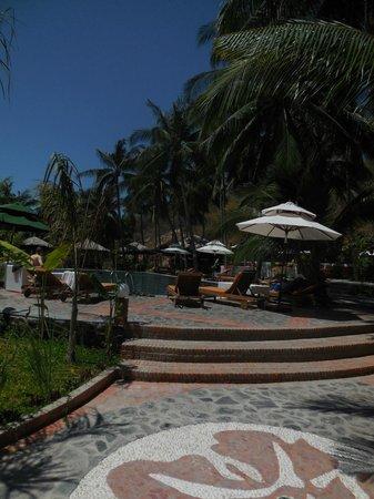 Green Hill Resort & Spa: бассейн