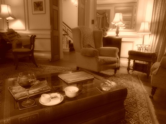 The Old Rectory : Lounge