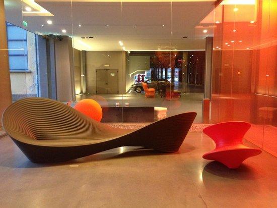 nhow Milano: Lobby