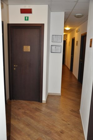 Hotel Chopin : Hallway, with locked door to stairs/elevator
