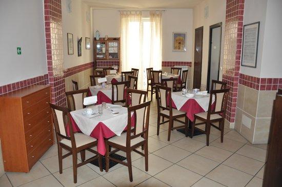 Hotel Chopin: Breakfast area