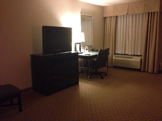 Holiday Inn Temple- Belton: Our king suite- very nice room
