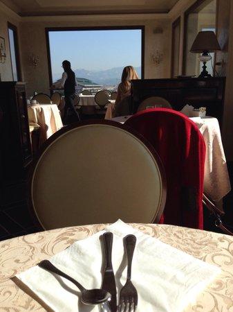 Grand Hotel Baglioni Firenze: Colazione in terrazza