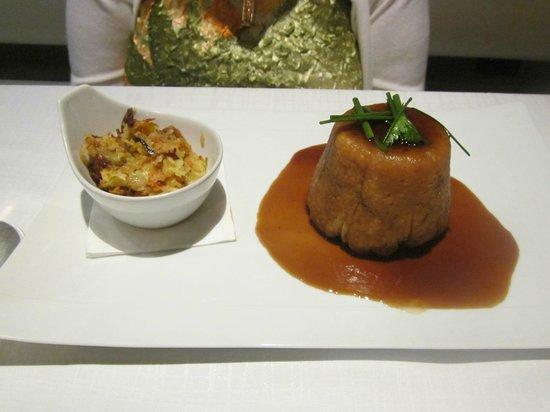 Empire Modern British Restaurant & Steak House: Steak and ale pie