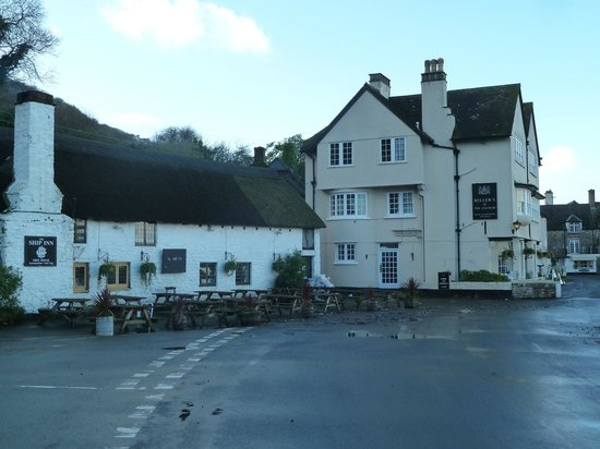 Millers At The Anchor: Pub next door