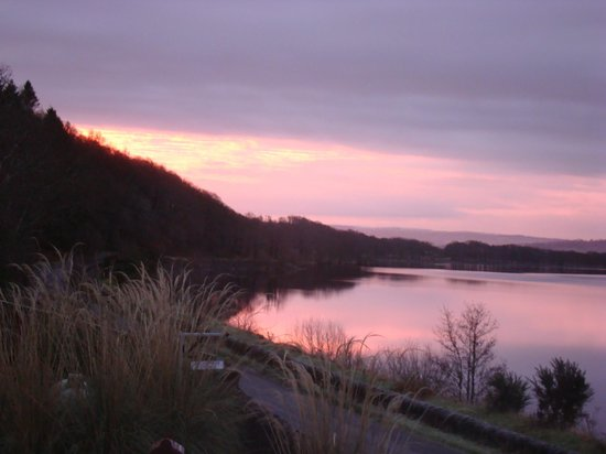 Oak Tree Inn: The Loch at Dusk