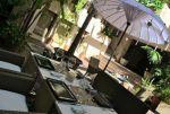 Yamas Restaurant: getlstd_property_photo