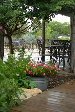 Welfare Cafe: view of the patio at the Goat Barn