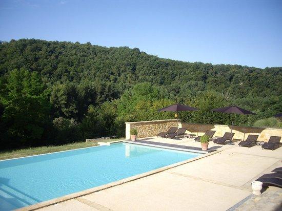 Hotel La Villa Romaine: L'espace piscine