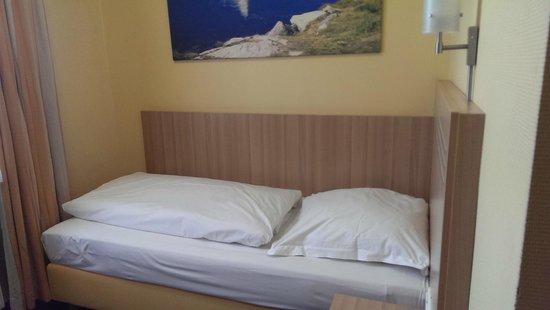 Hotel Cult: Einzelzimmer
