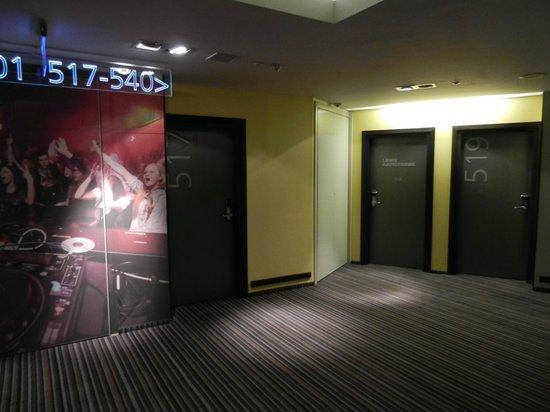Comfort Hotel LT Rock'N'Roll Vilnius: В холле