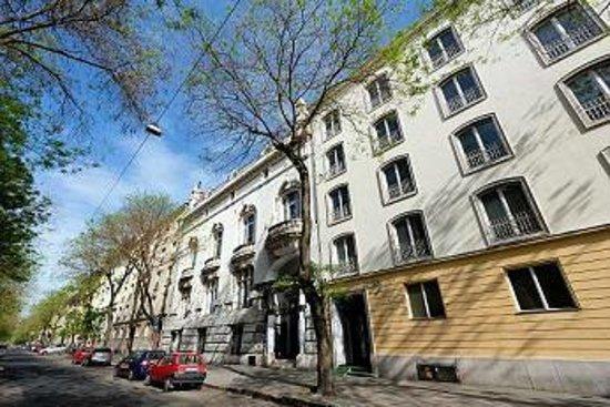 CITY COMFORT APARTMENTS - Apartment Reviews & Photos ...