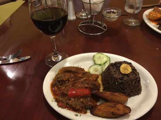 Feli's Cuban Kitchen: Ropa Vieja