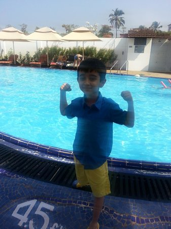 Marquis Beach Resort: pool