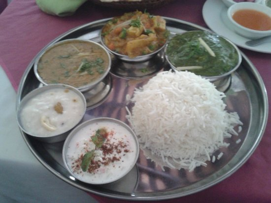 Ganesh: Vegetarian Thali Set