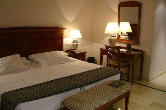 Hotel Rey Alfonso X : номер