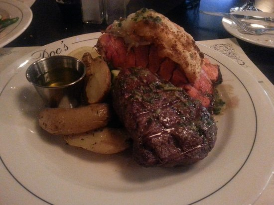 Doc Magrogan's Oyster House : Surf and Turf