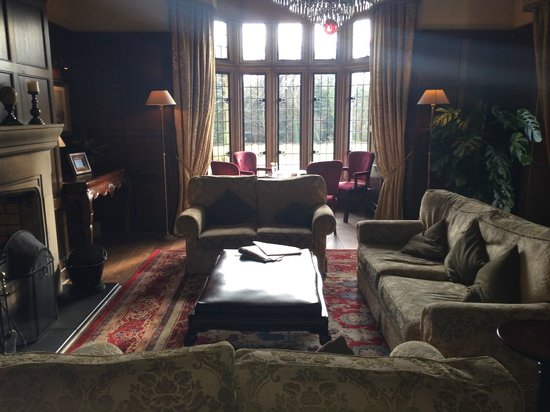 Lough Eske Castle, a Solis Hotel & Spa: Reading room