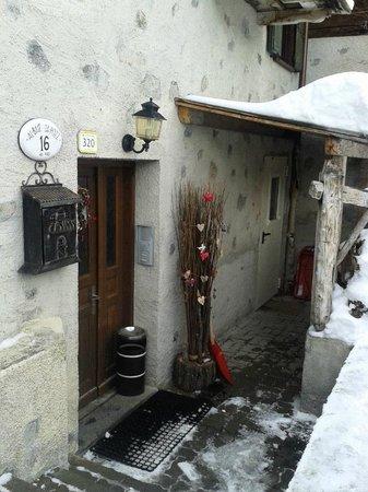 Front entrance to Chalet Mistral