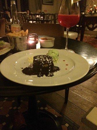 Lough Eske Castle, a Solis Hotel & Spa: Gallery bar dessert