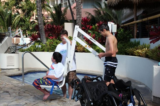 Outrigger Waikiki Beach Resort : Our special needs son loved the lift into the Hot tub. They have one for the pool also.