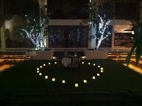 Anantara Angkor Resort: Private Dinner