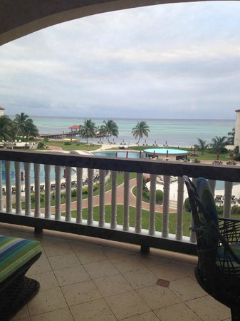 Grand Caribe Belize Resort and Condominiums: View from our condo