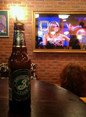 The Richmond, BW Premier Collection : Beer and Friends in Central Perk