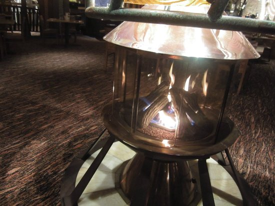 Seneca Allegany Resort & Casino: Fire Place