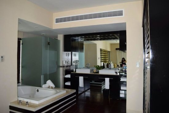 Azul Beach Resort The Fives Playa Del Carmen: Bathroom