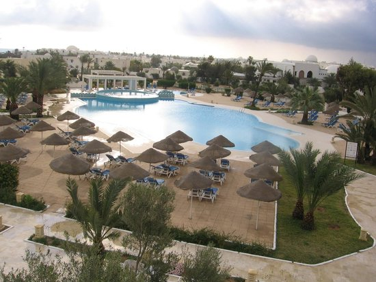Palais des Iles Djerba Resort : piscine extérieure