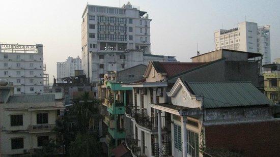 Phuong Hoang - Phoenix Hotel : BALCONY VIEW