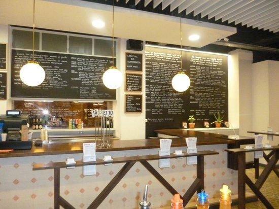 Bacoa Universitat: Die Theke und die Varianten an Burgern