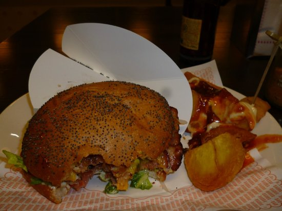 Bacoa Universitat: Der Burger