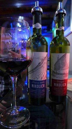 The Wine Bar - Tri Pršuta