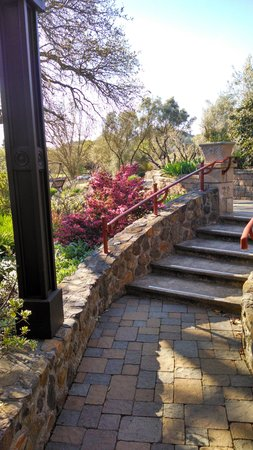 Wine Country Inn & Cottages: steps to Vintners Cottage