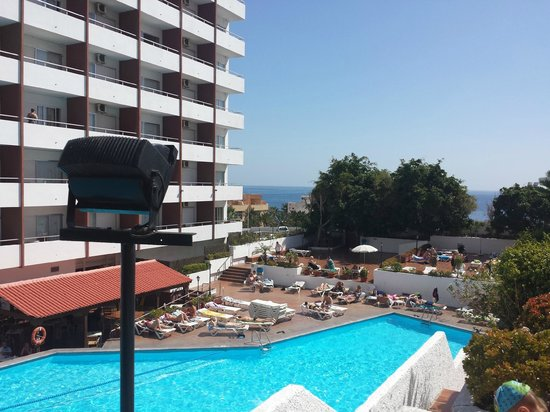 Catalonia Punta del Rey: pool area