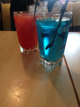 Chelmsford, UK: Sex on the beach & Blue lagoon Cocktails