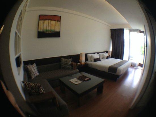 The Wangsa Private Estate: огромная кровать
